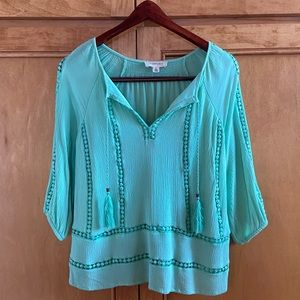 Moon & Sky boho mint green peasant top w tassels